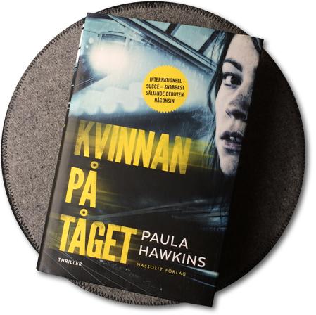 omslag till romanen kvinnan på tåget
